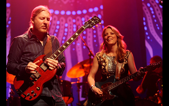 Tedeschi Trucks Band, Amy Helm & The Handsome Strangers at Benedum Center
